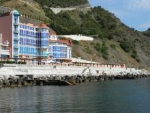 Обменяю апартаменты в Крыму у моря в пгт.Малый Маяк
